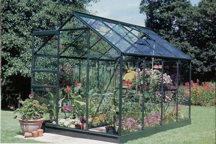 proteggere le piante dal gelo - Serra in vetro